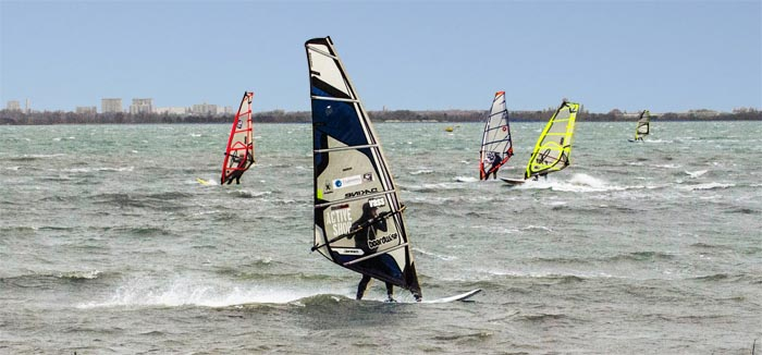 ACTIVITY WINDSURFING