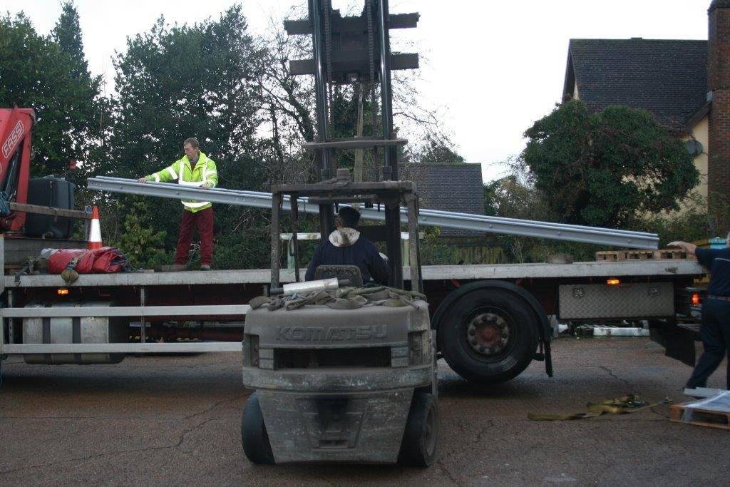 Loading signal on flatbed