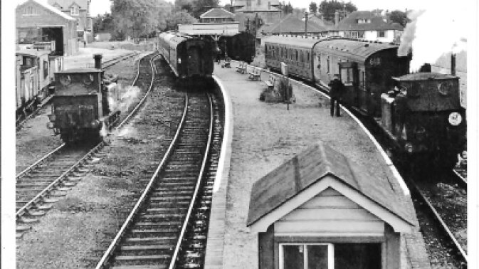 Summer services at Hayling Island Station – Alan Bell