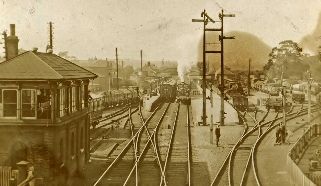Havant signal box (left) circa 1900. Roger Nash collection